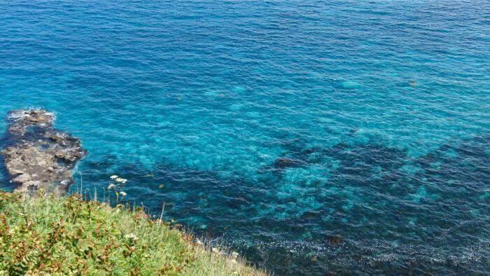 積丹ブルー:透き通った海